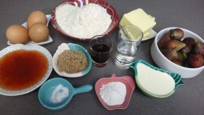 Ingrédients pour la recette : Moelleux aux figues