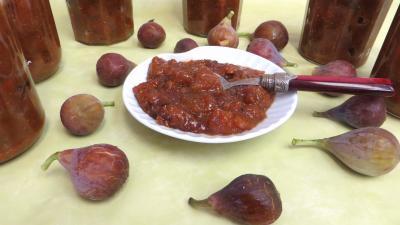 cacahuète : Coupelle de chutney de figues aux cacahuètes