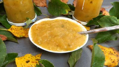 Compote de pommes à la stévia pour diabétiques