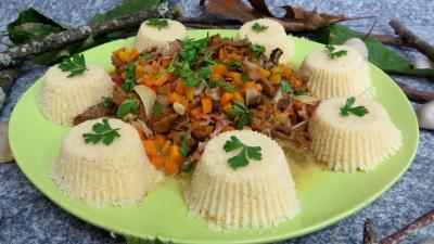 pecorino : Assiette de poêlée de girolles au couscous