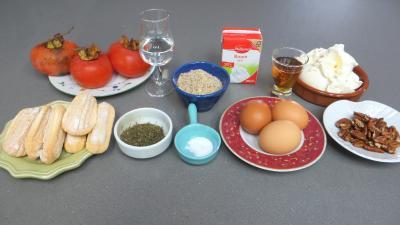 Ingrédients pour la recette : Tiramisu aux kakis et stévia pour diabétiques