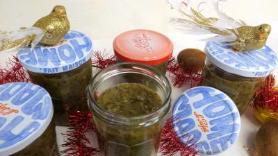 Stévia : Bocaux de compote de kiwis pour diabétiques