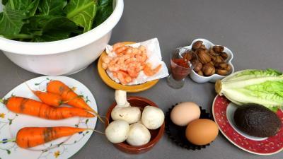 Ingrédients pour la recette : Blettes vapeur aux crevettes