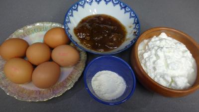Ingrédients pour la recette : Farcollèle corse à la confiture