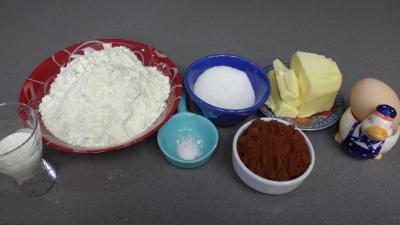 Ingrédients pour la recette : Pâte sablée au chocolat