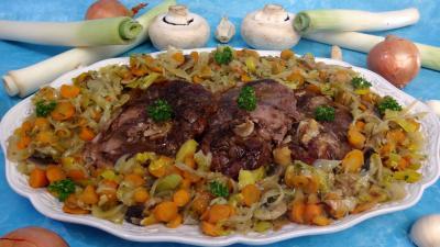 plat complet : Plat de tranches de gigot aux carottes