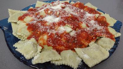 Image : recette Raviolis frais à la sauce tomate
