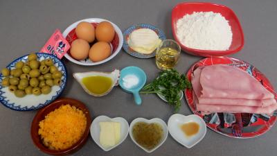 Ingrédients pour la recette : Couronne au jambon