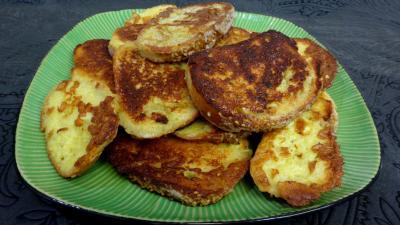Image : Assiette de pains perdus au roquefort