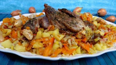 Recettes sans oeufs : Epaule d'agneau aux légumes