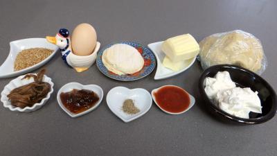 Ingrédients pour la recette : Allumettes aux anchois