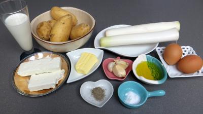 Ingrédients pour la recette : Gâteau de poireaux et pommes de terre