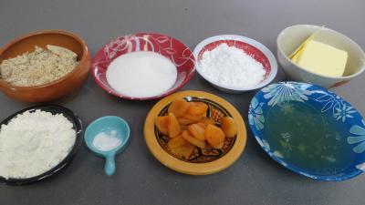 Ingrédients pour la recette : Financiers aux abricots secs