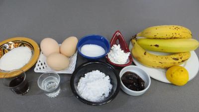 Ingrédients pour la recette : Gâteau mousse de bananes