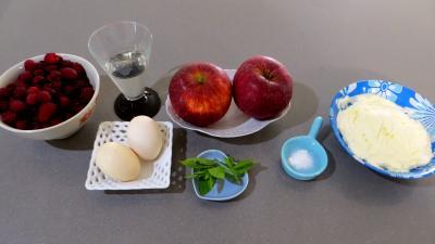 Ingrédients pour la recette : Cocktail de framboises au mascarpone