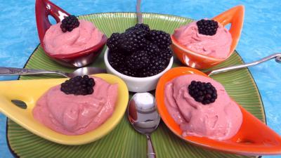 Crème glacée aux mûres et ricotta - 7.4