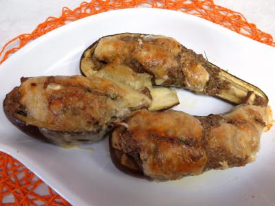 plat complet : Plat d'aubergines farcies à la cannelle