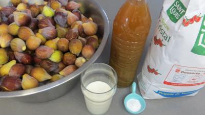 Ingrédients pour la recette : Confiture de figues au mojito