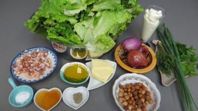 Ingrédients pour la recette : Salade cuite aux crevettes