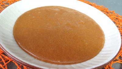 canapés : coupelle de beurre de cacahuètes