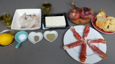 Ingrédients pour la recette : Brochettes de calamars à la grecque