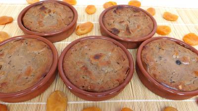 La cuisine des grand-mères : Moules de pain perdu aux abricots