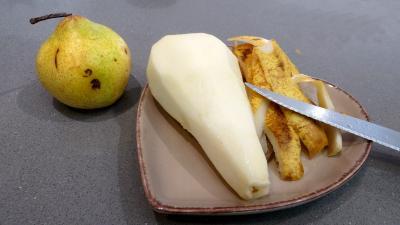 Brie et poires en salade - 2.4