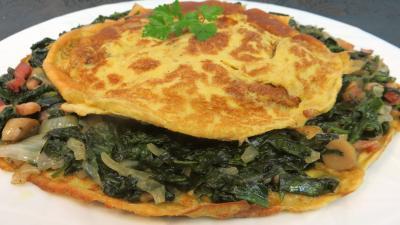 bicarbonate soude : Assiette d'omelette aux épinards