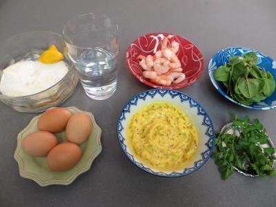 Ingrédients pour la recette : Oeufs mimosa aux crevettes