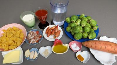 Ingrédients pour la recette : Choux de Bruxelles aux patates douces
