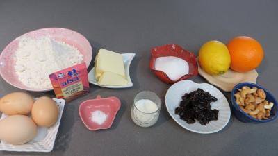 Ingrédients pour la recette : Petits cakes au citron et à l'orange