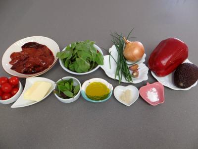 Ingrédients pour la recette : Foies de volaille et crudités