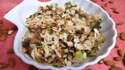 Cuisson à la poêle : Plat de batavia aux amandes