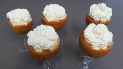 Abricots et fraises à la crème de miel - 6.2