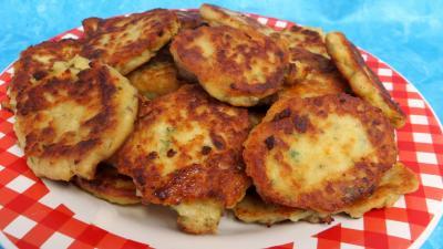 Volailles et gibiers : Assiette de galettes de poulet