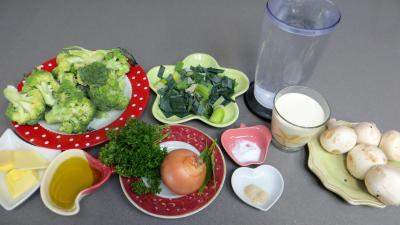 Ingrédients pour la recette : Velouté de brocolis