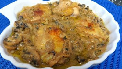 jus de citron : Plat de blancs de poulet aux cachuètes