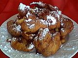 fruits confits : Assiette de beignets aux raisins secs et fruits confits