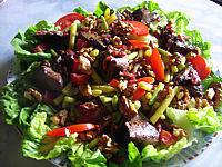 abats de volaille : Assiette de foies de volaille en salade