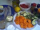 Ingrédients pour la recette : Filets de sole aux légumes poêlés
