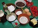 Ingrédients pour la recette : Riz noir aux fraises et crème à la noix de coco