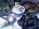 Ingrédients pour la recette : Salade d'épinards tièdes aux moules et son coulis de ciboulette