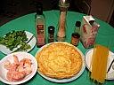 Ingrédients pour la recette : Rouleaux de crêpes aux crevettes