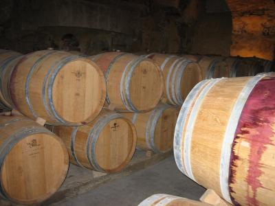 Photo : Tonneaux de vins