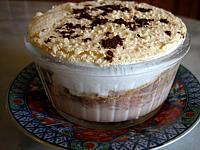 Image : ramequin de lait fraises au chocolat
