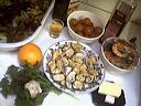 Ingrédients pour la recette : Salade tiède de moules aux primevères