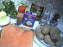Ingrédients pour la recette : Galette au saumon fumé et sa chantilly