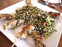Image : Plat de brochettes de poulet au sucre façon créole