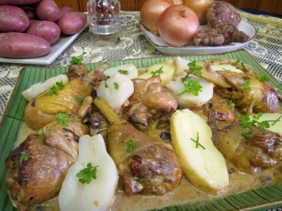 topinambour : Assiette de service d'abatis et pilons en blanquette
