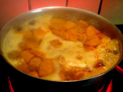Chapon aux pommes et légumes avec sauce au champagne et armagnac - 14.1